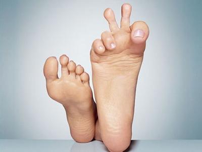 看脚辨病,脚上的细节暗示身体的疾病!