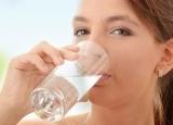 夏季记得及时补水!这4种疾病竟与缺水有关!